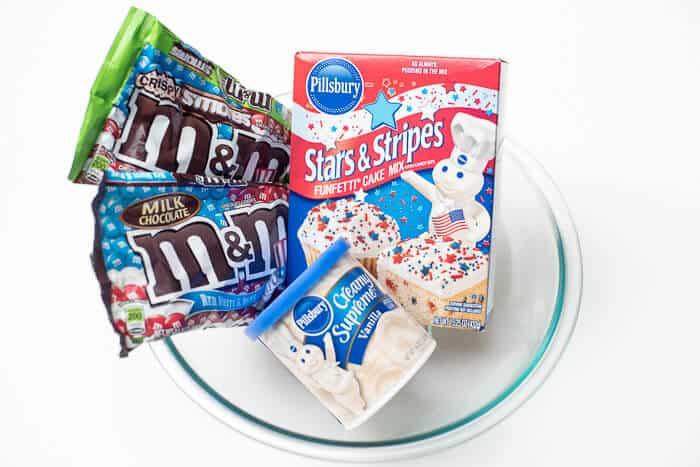 Patriotic Funfetti Mason Jar Cupcakes