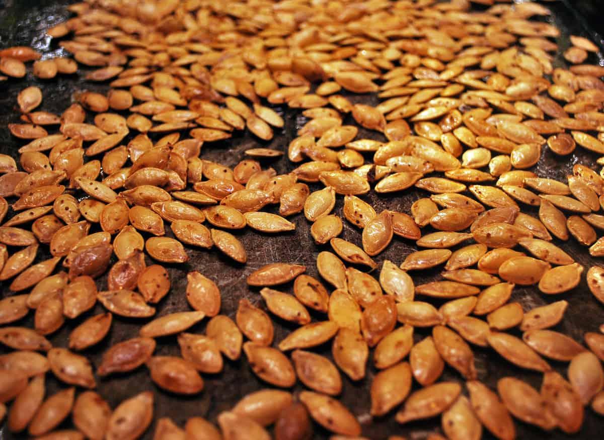 Perfect Roasted Pumpkin Seeds Recipe1200 x 875 jpeg 89kB