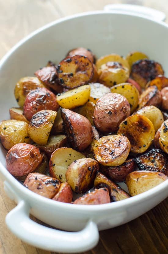 Lemon-and-Garlic-Roasted-Potatoes-039