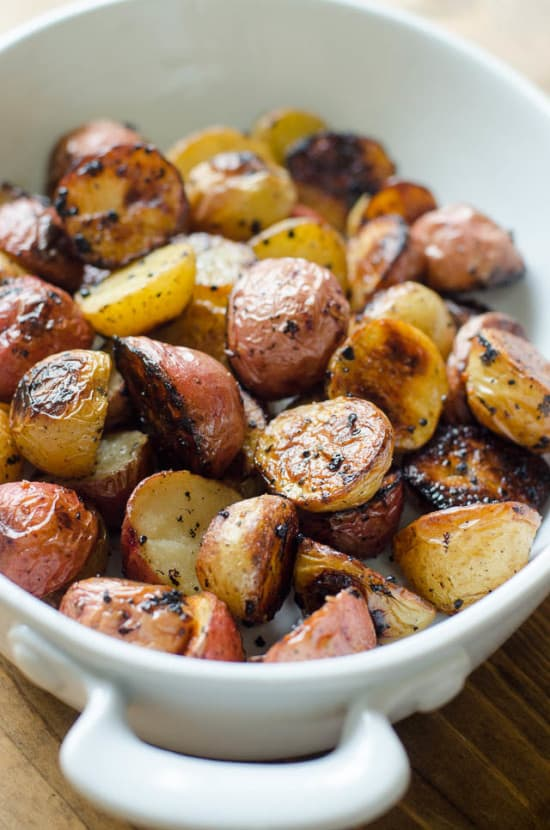 Lemon-and-Garlic-Roasted-Potatoes-048