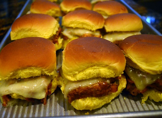 Barbecue-Chicken-Sliders