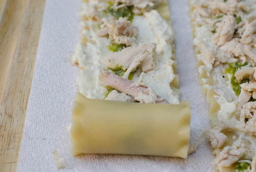 Chicken Pesto Lasagna Rollups-012