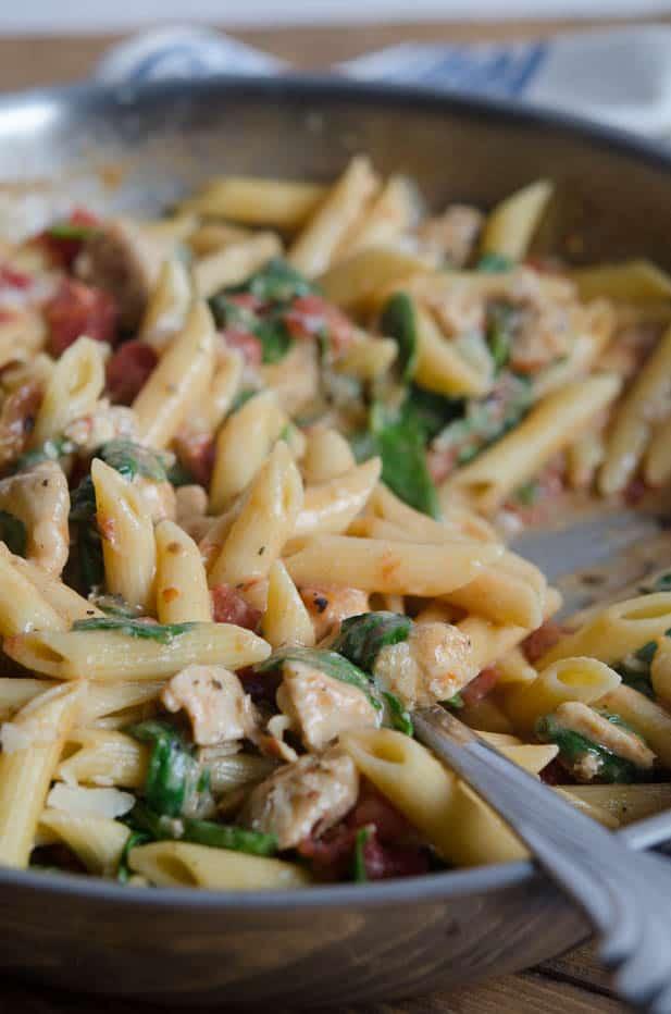 Chicken-Spinach-Skillet-Pasta-eHow-111