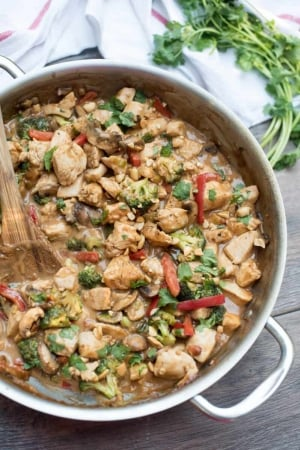 Easy Peanut Chicken Stir Fry