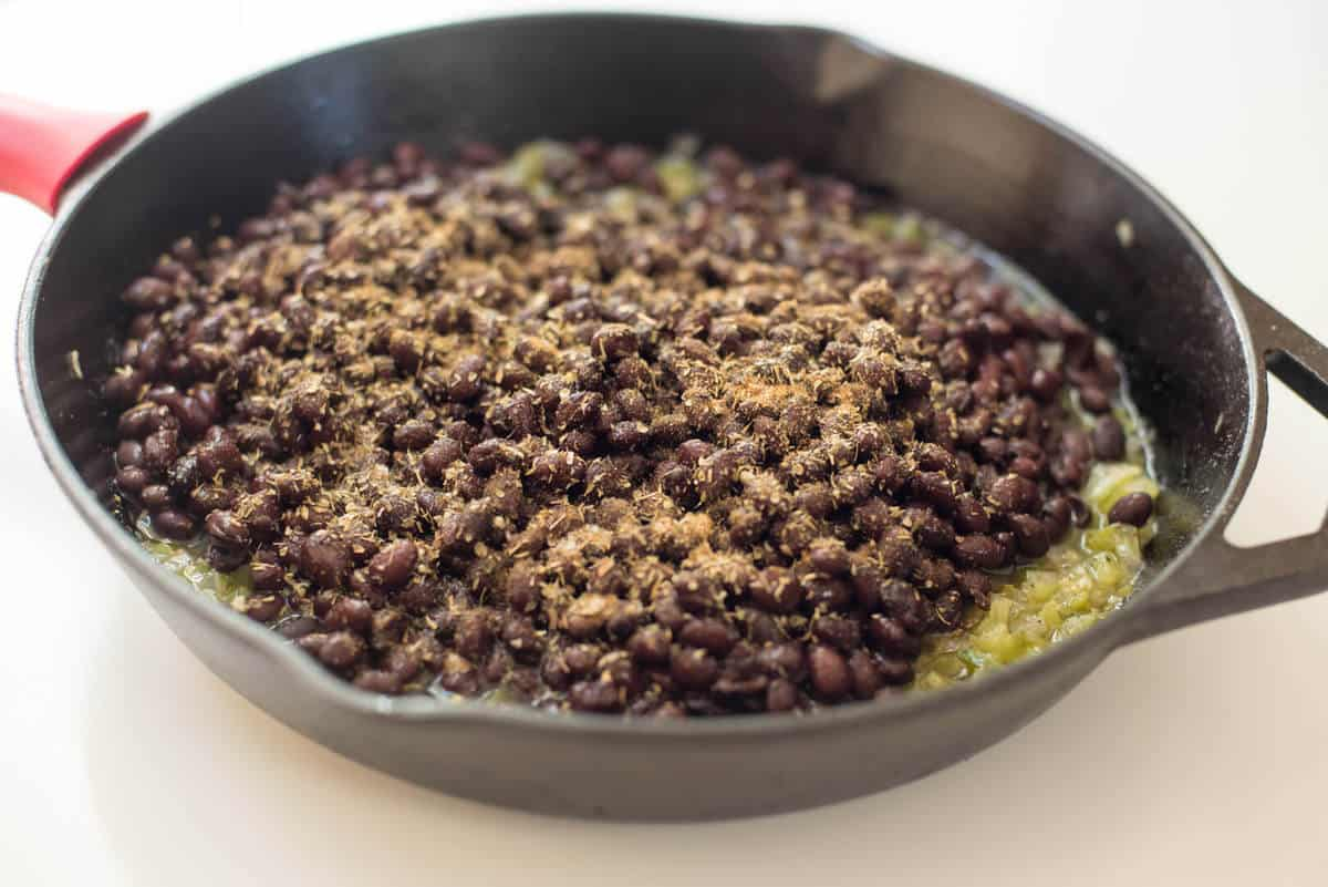 Easy Cuban-Style Black Beans