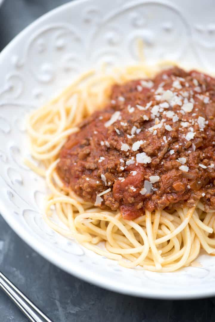This Easy Homemade Spaghetti Sauce is rich, meaty, deliciously seasoned and quick and easy enough to make any night of the week.