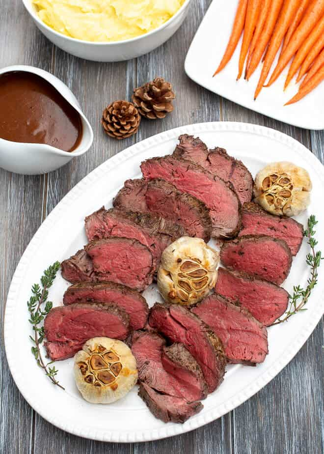 How to cook the Perfect Roast Beef Meal with all the Trimmings (Cooking to Impress Book 2)