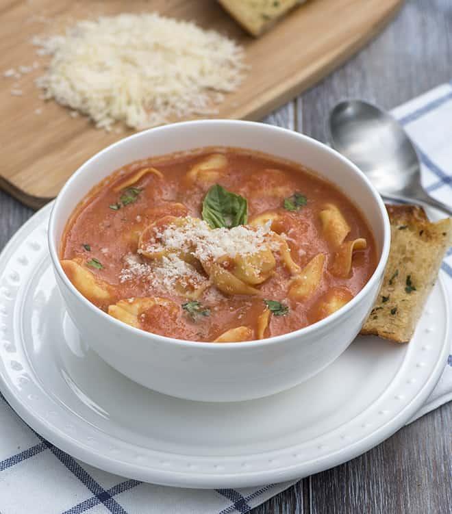 Creamy Tomato-Tortellini Soup